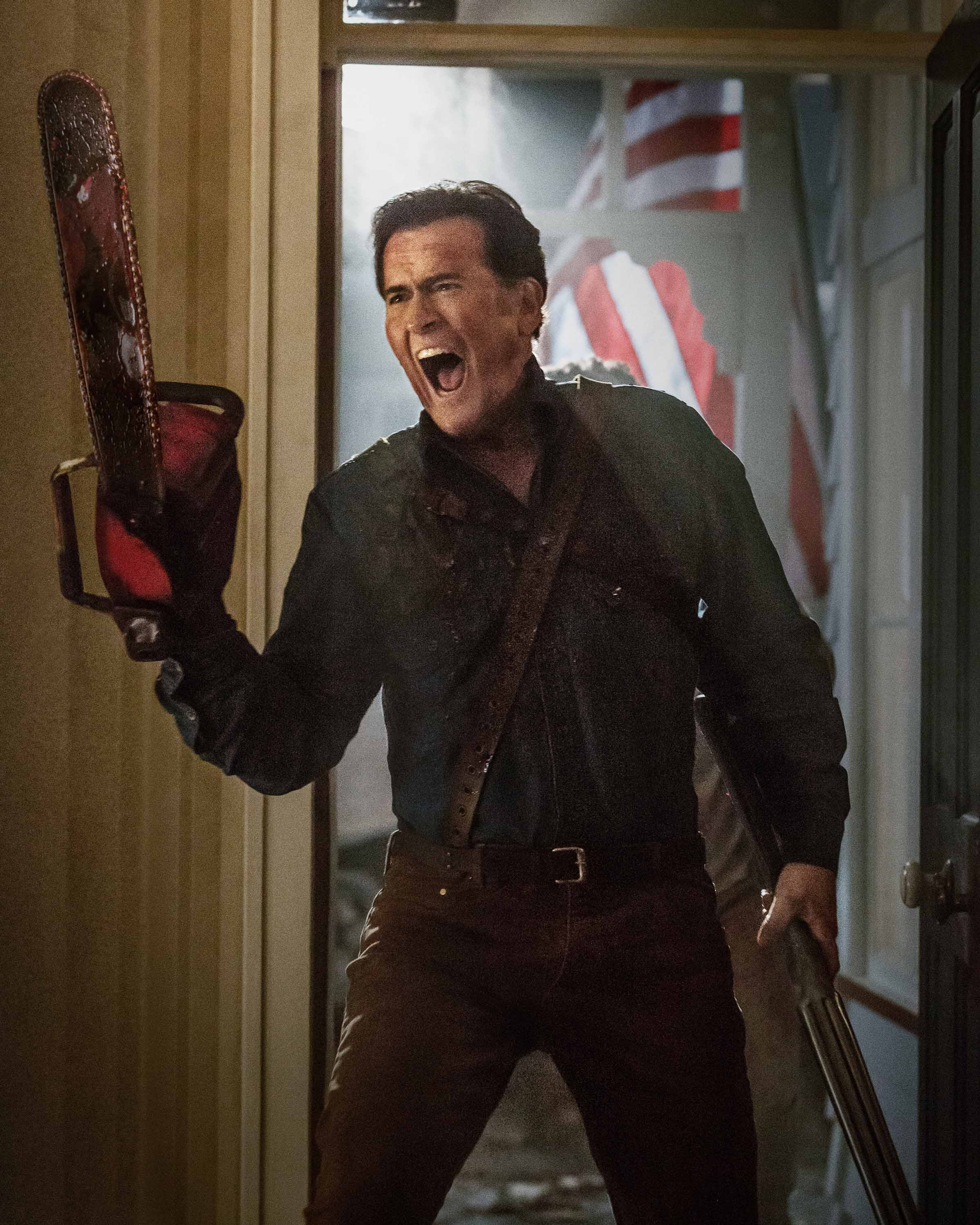 "SDCC 2015: Starz Announces Premiere Date for ""Ash Vs Evil Dead"", Releases First Live Action Trailer"