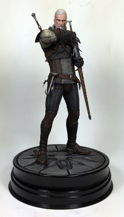 """Toy Fair 2016: The Wild Hunt For """"Witcher"""" Collectibles Ends At Dark Horse"""