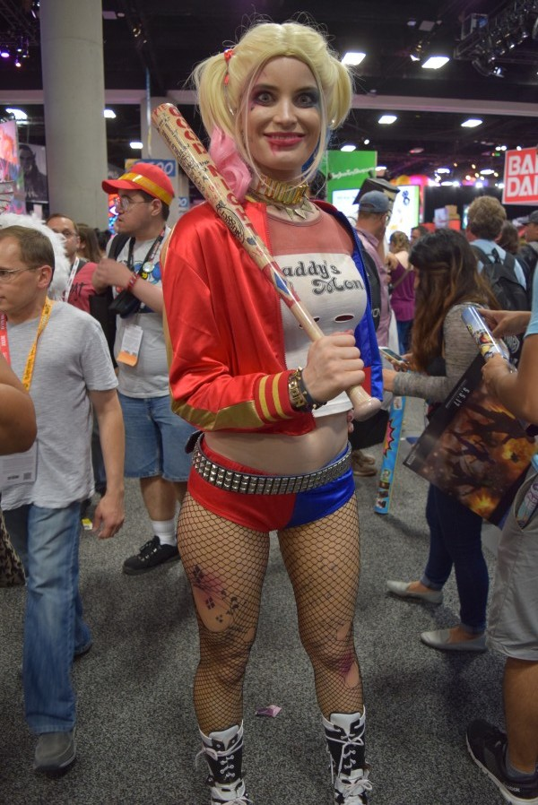 SDCC 2016- Cosplay from Saturday- Tomb Raider, The Hound, Harley Quinn and More
