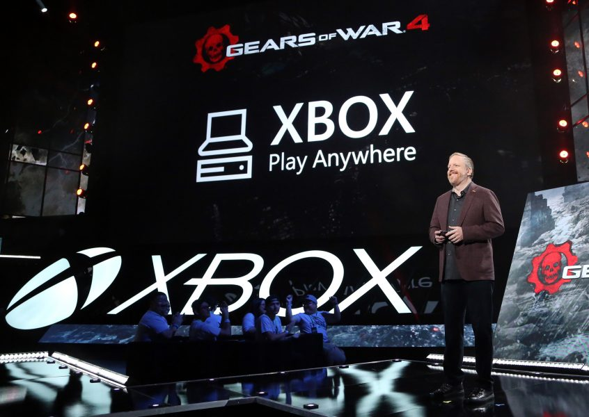Rod Fergusson announces Gears of War 4& Xbox Play Anywhere
