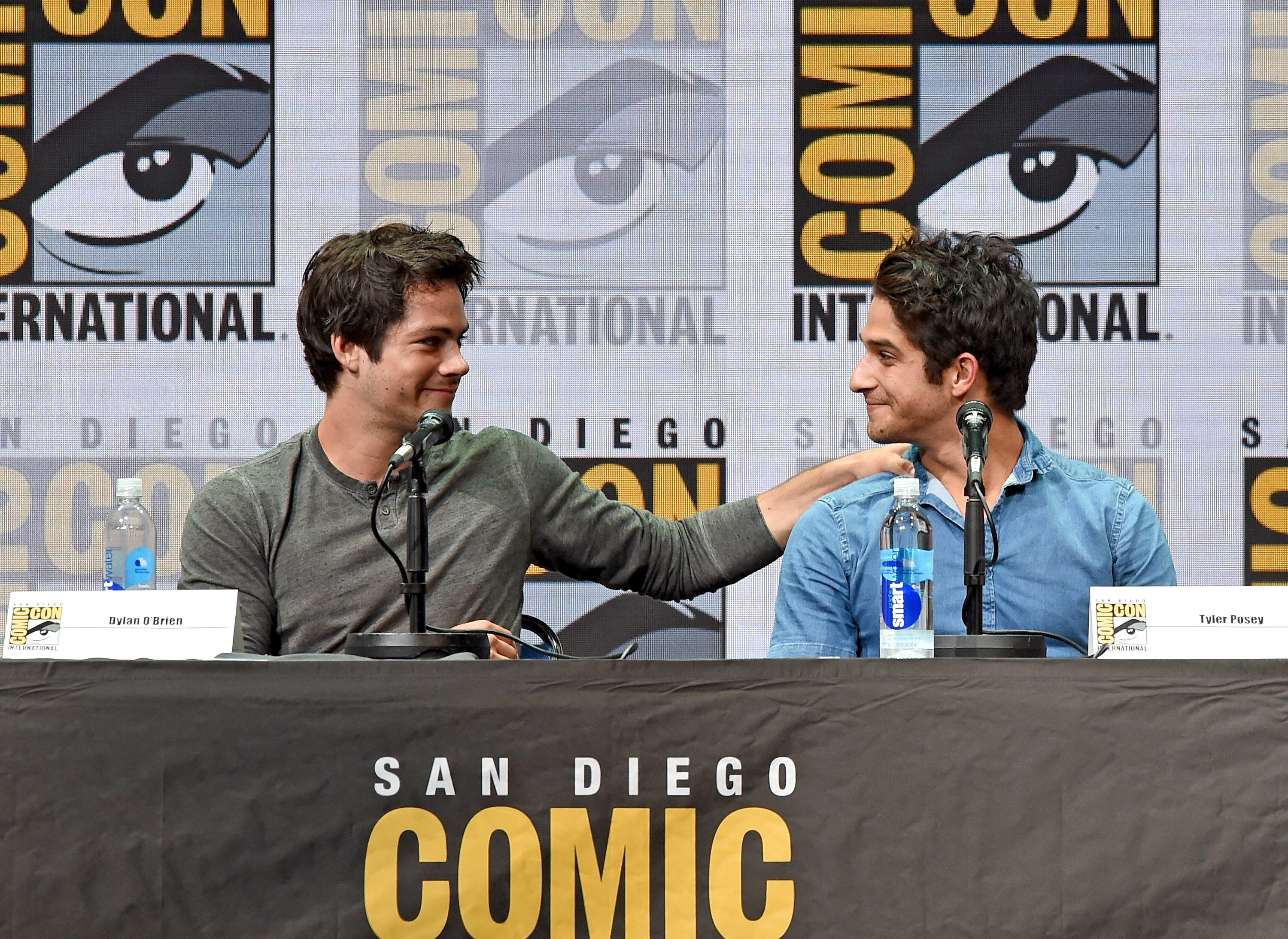 SDCC- Dylan O' Brien, Tyler Posey Tearfully Say Goodbye to Teen Wolf During Packed Hall H Panel