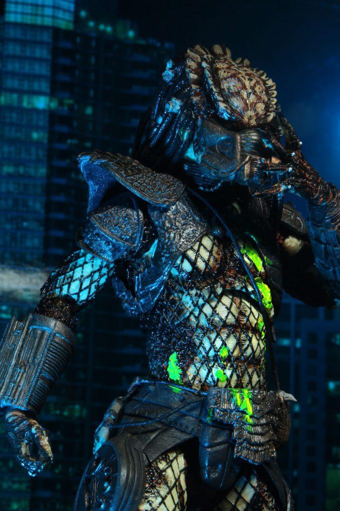 "NECA Predator 2 – 7"" Scale Action Figure – Ultimate Battle Damaged City Hunter"