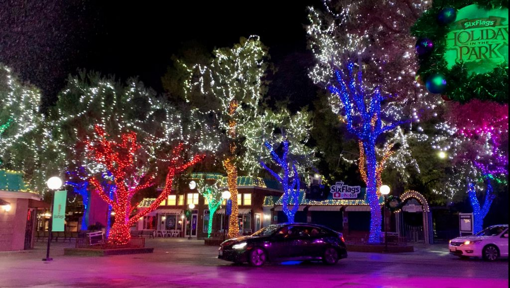 Six Flags Magic Mountain Announces Holiday in the Park Drive-Thru Experience