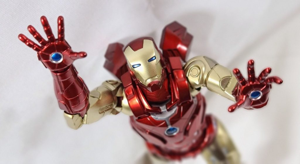 Action Figure Review: Sentinel Fighting Armor Iron Man